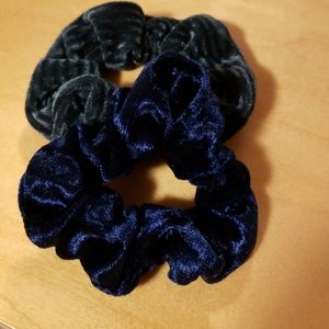 Francesca s Collections Accessories - Hair scrunchies 04fb8b9a24a